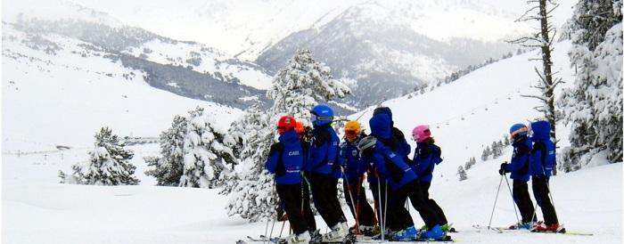 Ir a esquiar con niños a Bequeira Beret