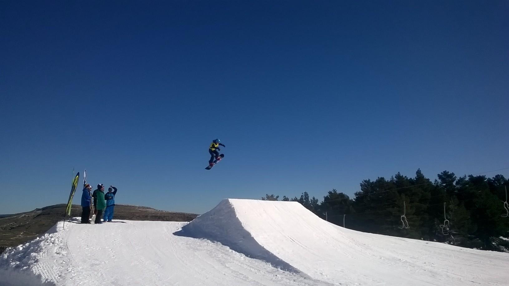 Salt de snowboarda Valdelinares
