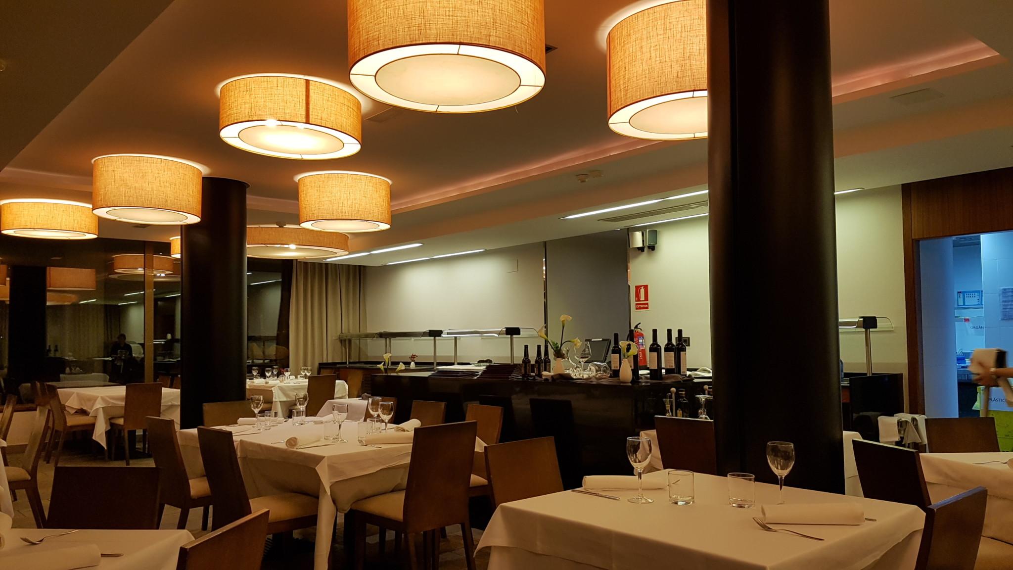 restaurante aparthotel augusta