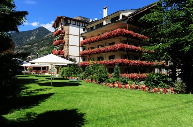 hotel-rutllan-verano